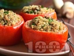 Пълнени домати с киноа, гъби и сирене, печени на фурна - снимка на рецептата